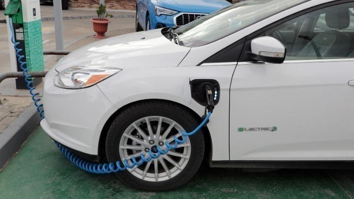 Όλα όσα πρέπει να γνωρίζετε για την επιδότηση αγοράς ηλεκτρικού αυτοκινήτου