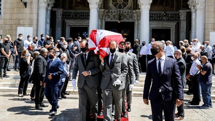 Παρουσία Τσέφεριν και Πλατινί η κηδεία του Σάββα Θεοδωρίδη
