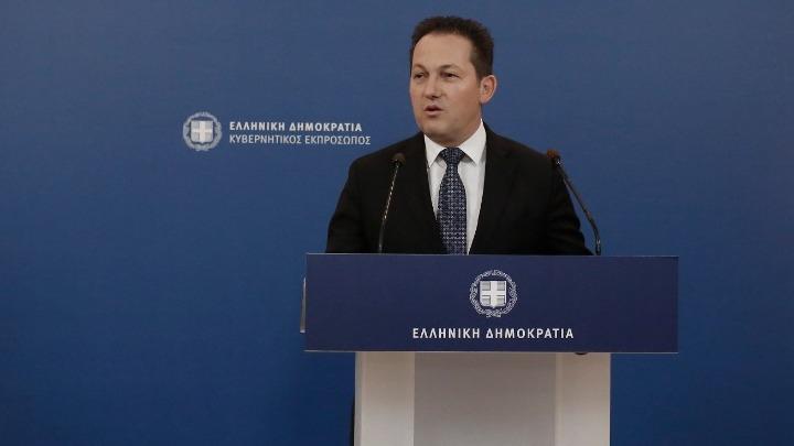 Πέτσας: Ο κ. Τσίπρας σπεκουλάρει ανεύθυνα πάνω στην ανησυχία των πολιτών για την εξέλιξη της πανδημίας