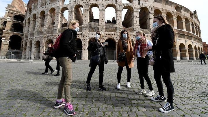 Μείωση θανάτων και κρουσμάτων το τελευταίο 24ωρο στην Ιταλία