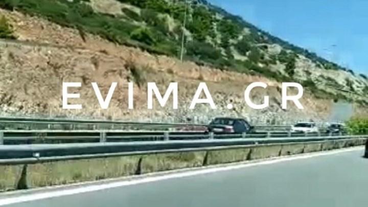 Απίστευτο: Οδηγούσε ανάποδα στον περιφερειακό για 13 χιλιόμετρα (vid)