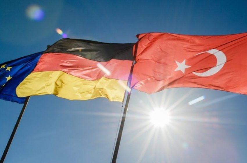 Independent: ΕΕ και Γερμανία έχουν δεμένα χέρια απέναντι στην Τουρκία