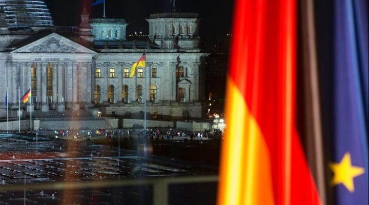 """Τι είναι η """"γραπτή συμφωνία"""" στην οποία αναφέρθηκε ο πρωθυπουργός- Έντονο παρασκήνιο σε Αθήνα και Βερολίνο- Να δοθεί το κείμενο ζητούν ΣΥΡΙΖΑ-ΚΙΝΑΛ"""