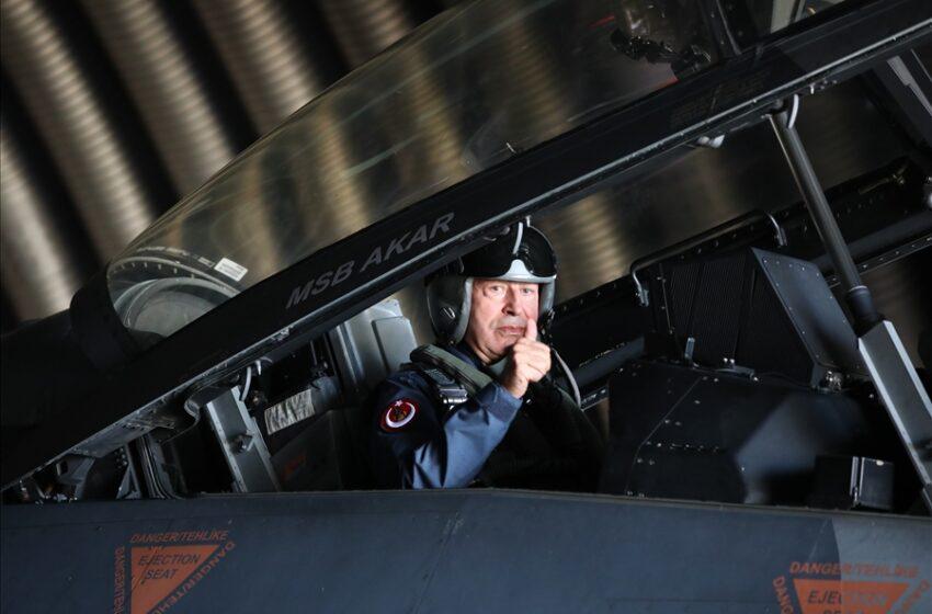 Σόου Ακάρ με F16… (vid)
