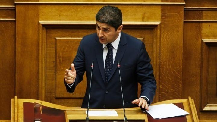 Ψηφίστηκε το σχέδιο νόμου για τις Ομοσπονδίες στον αθλητισμό, απειλούν FIFA-UEFA με Grexit
