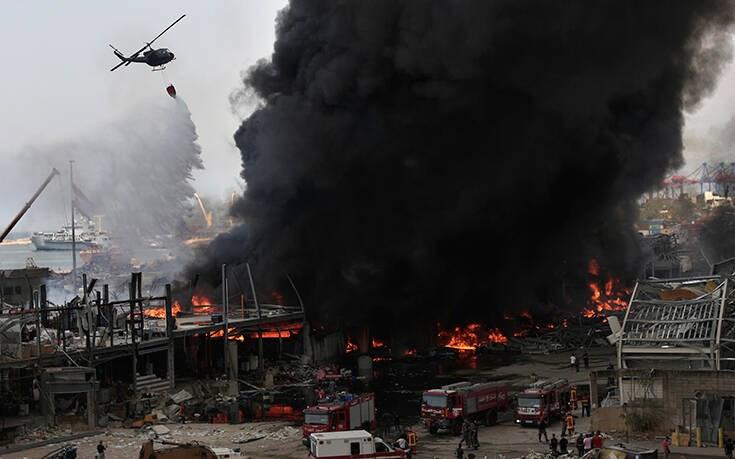 Στις φλόγες πάλι το λιμάνι της Βηρυτού – Ξύπνησαν μνήμες της τραγωδίας του Αυγούστου (εικόνες)