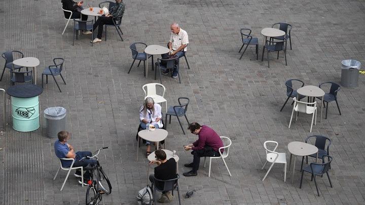Αυξάνονται τα κρούσματα κοροναϊού στο Μπέρμιγχαμ – Απαγορεύονται ακόμη και συναντήσεις μεταξύ συγγενών