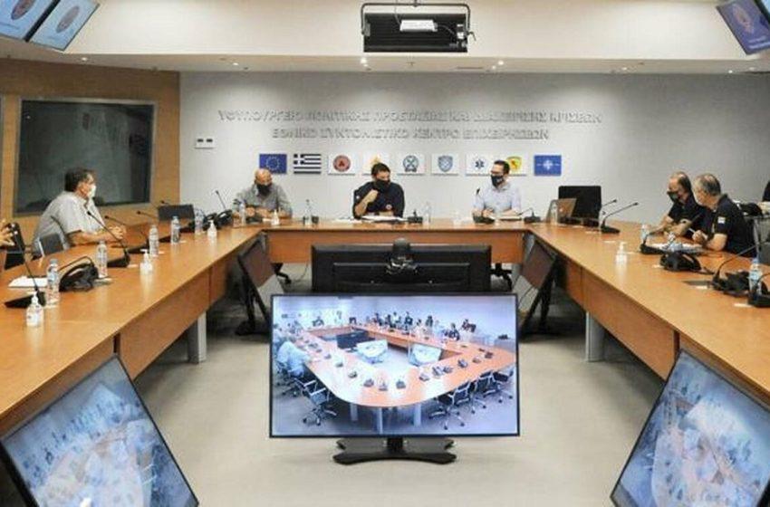 Κακοκαιρία Ιανός: Έκτακτη σύσκεψη και δηλώσεις αμέσως μετά