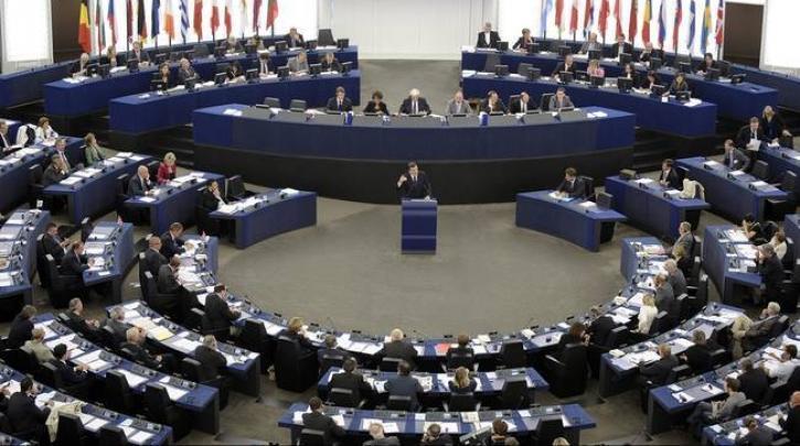 Κραυγή 169 Ευρωβουλευτών: «Αποσυμφόρηση της Ελλάδας με μετεγκατάσταση των άστεγων της Μόριας, τώρα!»