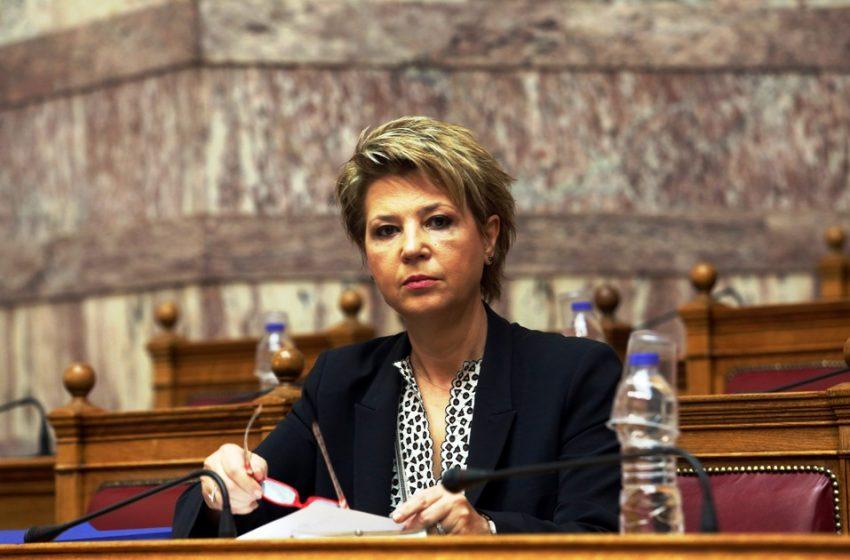 """Όλγα Γεροβασίλη: """"H πολιτική προστασία είναι στο έλεος του Θεού """"(vid)"""