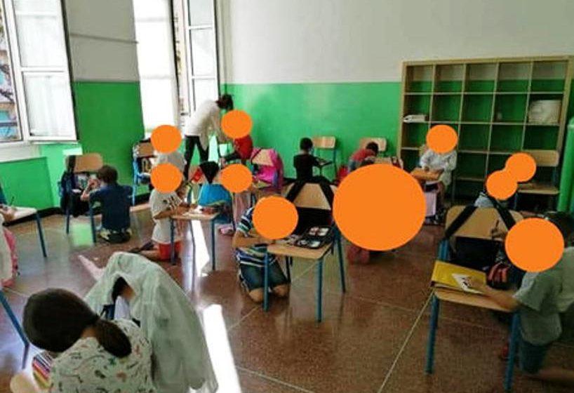 Σάλος στην Ιταλία: Έκαναν θρανία τις…καρέκλες (pic)