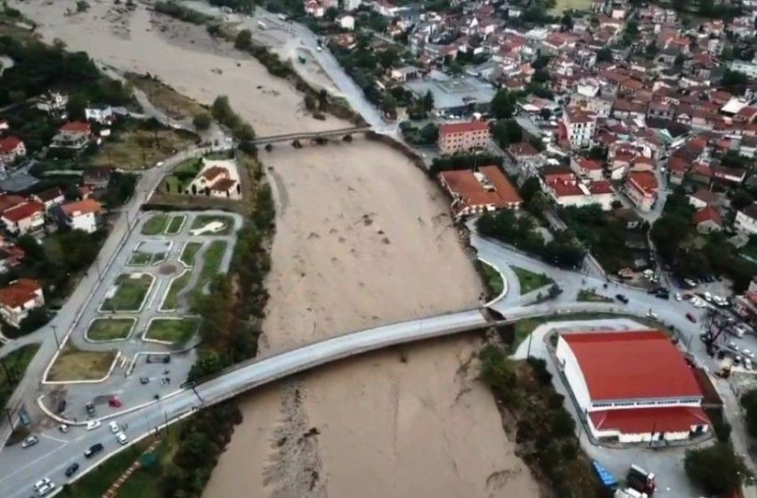 Λέκκας: Που οφείλονται οι μεγάλες καταστροφές από την κακοκαιρία στην Καρδίτσα