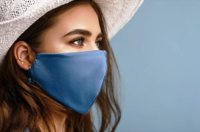 Χρήση μάσκας: Η γέφυρα προς το εμβόλιο λένε οι ερευνητές – Μείωσε την σοβαρότητα της ασθένειας σε πολλές πόλεις