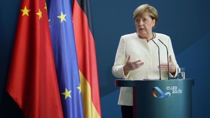 Μέρκελ για Μόρια: Η στήριξη προς την Ελλάδα πρέπει να οργανωθεί σε ευρωπαϊκό επίπεδο