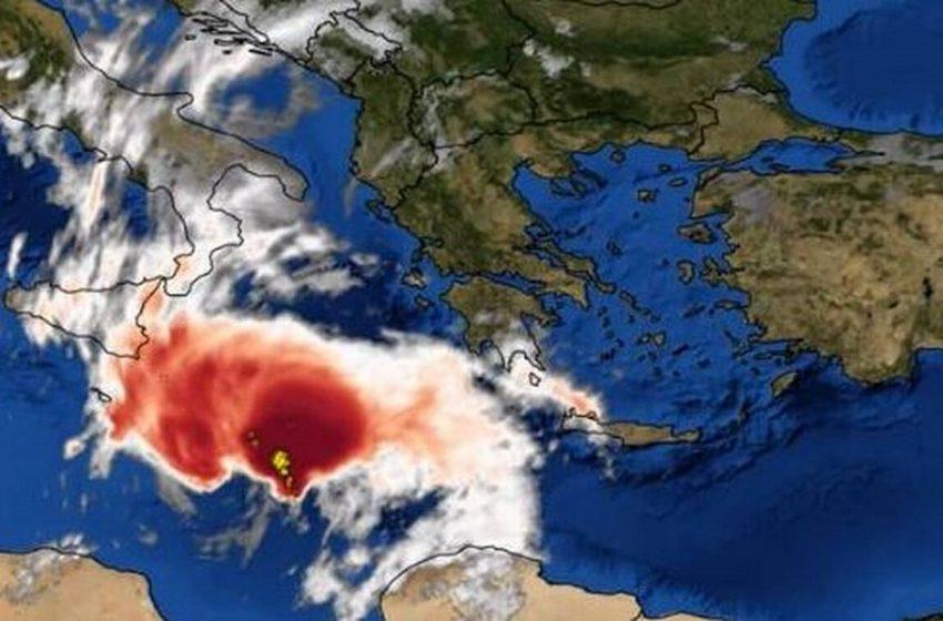 """Ο """"Ιανός"""" χτυπά την Ελλάδα: Καρέ – καρέ η πορεία της κακοκαιρίας – Όλες οι τελευταίες πληροφορίες (vid)"""