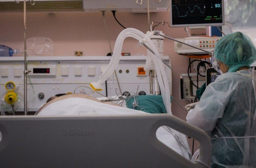 Δραματική προειδοποίηση για τα νοσοκομεία: Θα γίνουμε Ιταλία, σε λίγο θα διαλέγουμε ποιον θα βάλουμε σε ΜΕΘ