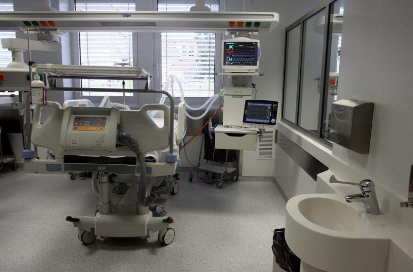 Κοροναϊός: Ανησυχία για 28χρονο που νοσηλεύεται σε σοβαρή κατάσταση στη ΜΕΘ