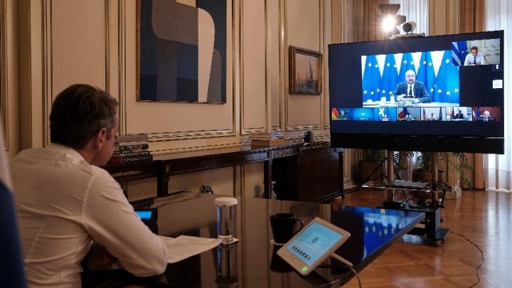 Τηλεδιάσκεψη του πρωθυπουργού με τον πρόεδρο του Ευρωπαϊκού Συμβουλίου