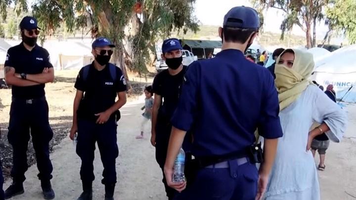 Αστυνομικοί για Μόρια: Αποτρέψαμε εκατόμβη , πράξτε το χρέος σας (vid)
