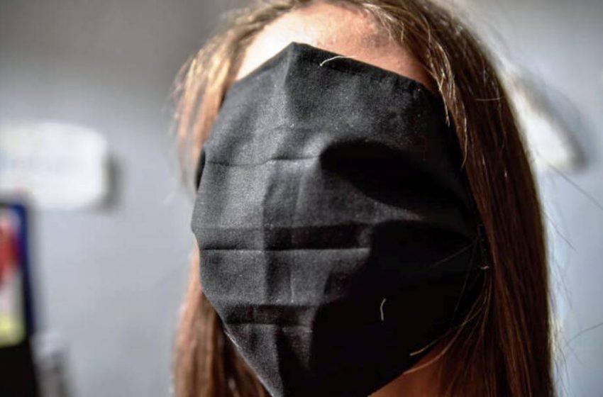 Στην Ρωσία έφτασαν οι μάσκες-αλεξίπτωτα: «Καταστροφική αποτυχία»