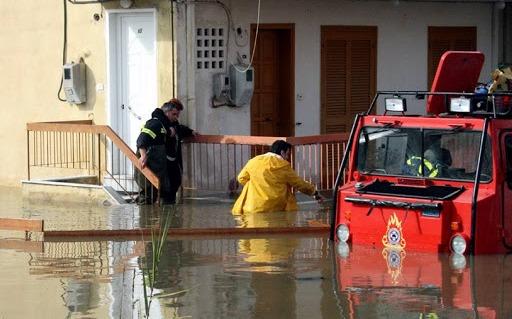 Άγριο φθινόπωρο: Επιμένουν βροχές, καταιγίδες – Προειδοποίηση Αρναούτογλου για την Κρήτη (vid)
