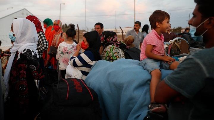 Μυτιλήνη: 35 μέλη ΜΚΟ κατηγορούνται για κυκλώματα παράνομης διακίνησης προσφύγων και κατασκοπεία!