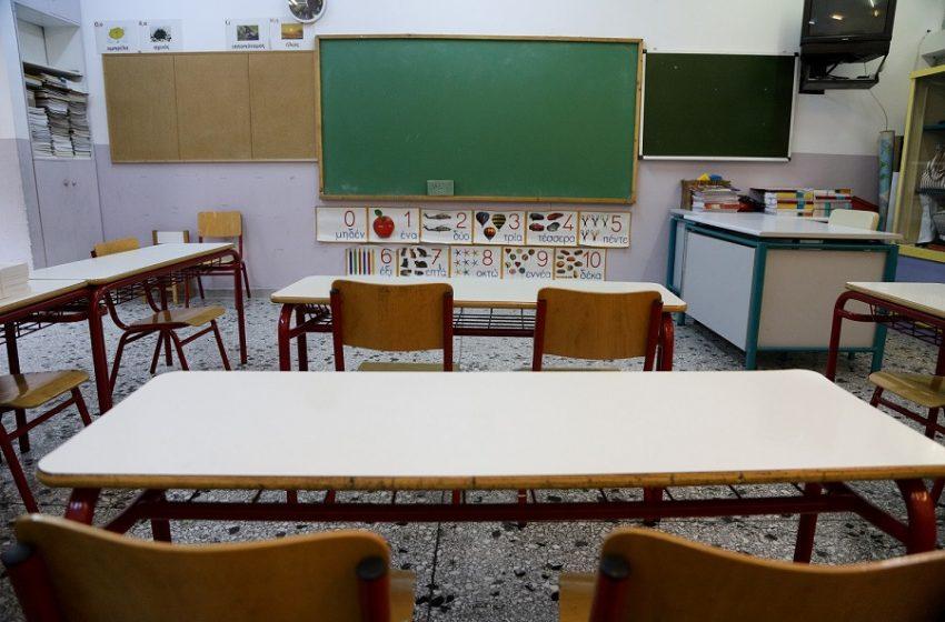 Επιμένει ο Γώγος για τα σχολεία: Η επιδημιολογική εικόνα στην Αττική δεν επιτρέπει το άνοιγμα