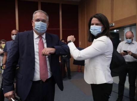 """Το blame game για τις μάσκες έχει παρελθόν – Η πράξη νομοθετικού περιεχομένου """"βγάζει ένοχο"""""""
