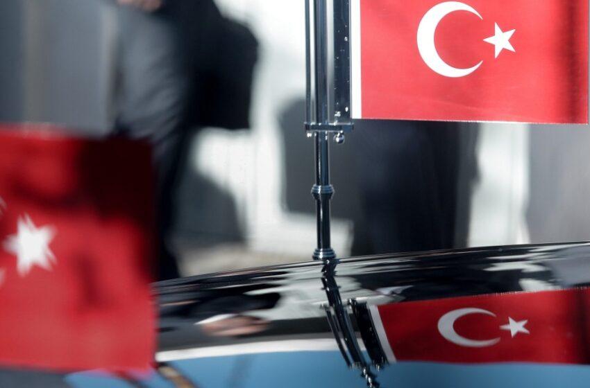 Η Άγκυρα ανακαλύπτει στοχοποίηση Τούρκων δημοσιογράφων και εξαπολύει νέες απειλές