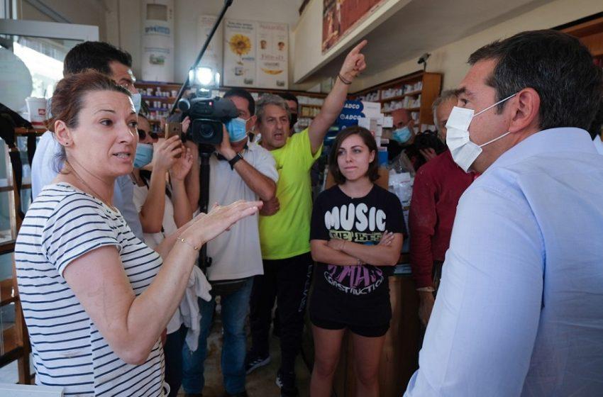 Επίσκεψη Τσίπρα στην Καρδίτσα: Οργή κατοίκων για μερίδα ΜΜΕ και κυβέρνηση (vid)