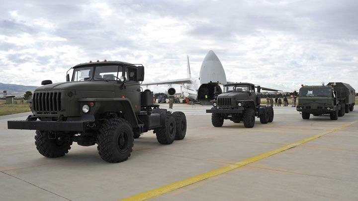 Τσαβούσογλου: Η Άγκυρα δεν έχει ενεργοποιήσει ακόμη τα ρωσικά πυραυλικά συστήματα S-400