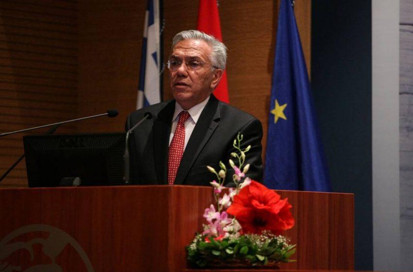 """Όταν ένας στενός συνεργάτης του Καραμανλή διαφωνεί με τις """"έξι λέξεις"""" του πρωθυπουργού- Μια συνέντευξη Βαληνάκη με μηνύματα…"""