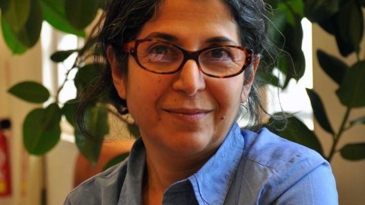 Ιράν: Προσωρινή αποφυλάκιση της Φαρίμπα Αντελχάχ