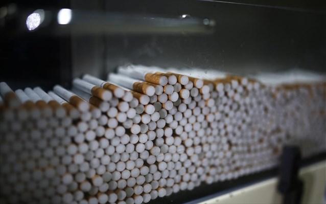 Μετέφερε 5.000 πακέτα λαθραίων τσιγάρων