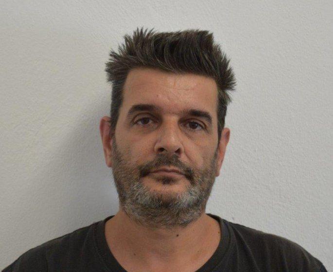 Αυτός είναι ο 49χρονος που κακοποίησε σεξουαλικά παιδί στον Πειραιά (εικόνα)