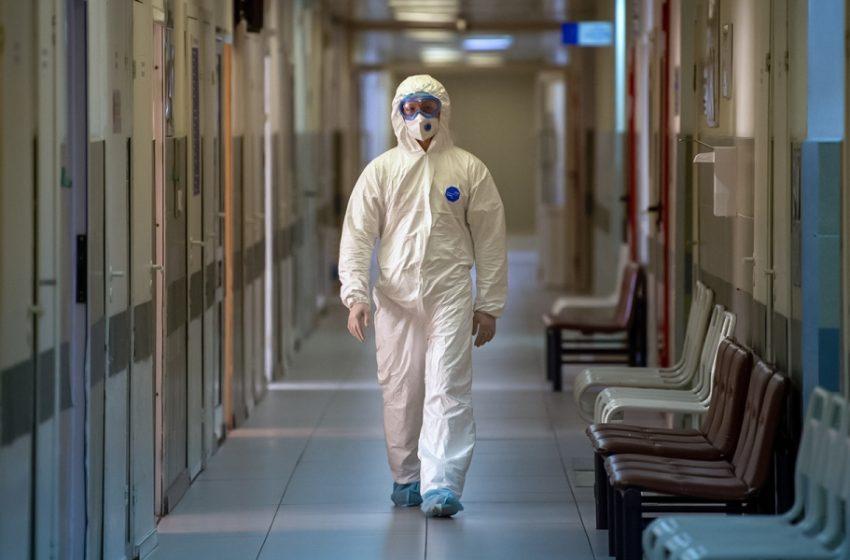 Mόσχα: Οι γιατροί θα κάνουν τα πρώτα εμβόλια μέχρι το τέλος του χρόνου