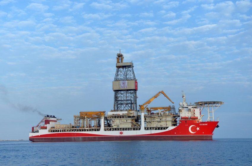 Δύο τουρκικά πολεμικά δίπλα στο Kanuni – Ο διάπλους του Αιγαίου – Πού βρίσκεται τώρα (εικόνες)