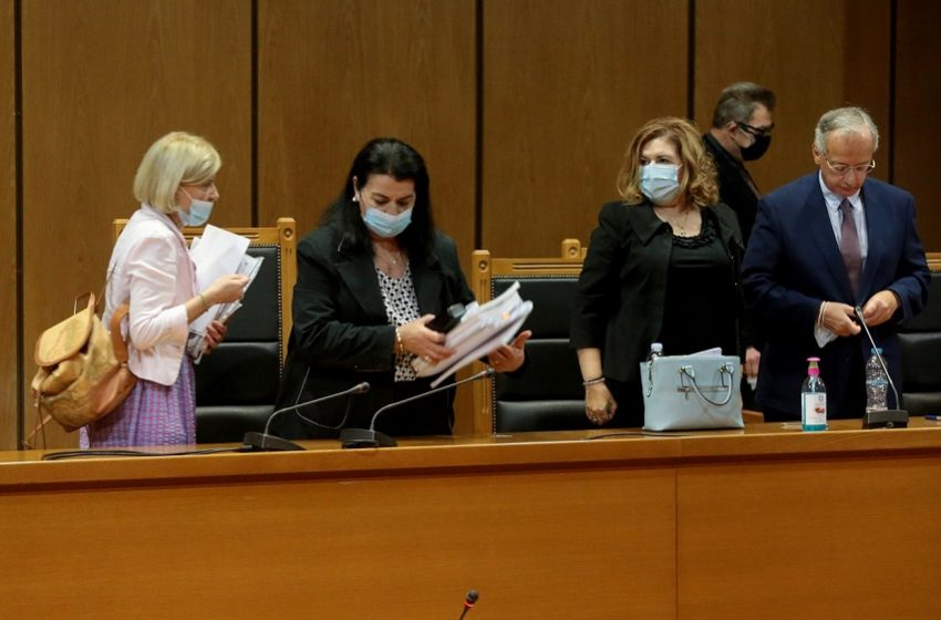 Ανατροπή: Η Μ. Λεπενιώτη αμφισβήτησε το σκεπτικό της εισαγγελέως για τις αναστολές στους εγκληματίες της Χρυσής Αυγής