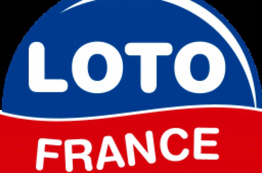 Τύχη- βουνό! Άστεγοι ζητιάνοι κέρδισαν το γαλλικό LOTO – Τους το χάρισε πελάτης εστιατορίου