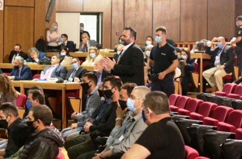 Δίκη Χρυσής Αυγής: Σε λίγη ώρα  η απόφαση για το αίτημα Λαγού, εξαίρεσης των μελών του δικαστηρίου