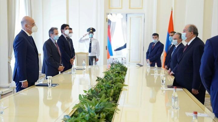 Ο Ν. Δένδιας συναντήθηκε με τον πρόεδρο και με τον πρωθυπουργό της Αρμενίας