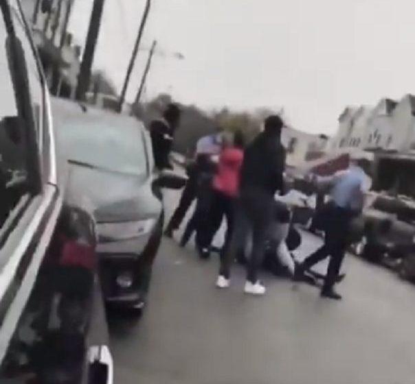 ΗΠΑ: Βίντεο από τη στιγμή της νέας δολοφονίας Αφροαμερικανού – ΠΡΟΣΟΧΗ ΣΚΛΗΡΕΣ ΕΙΚΟΝΕΣ