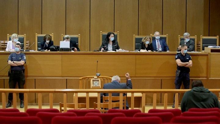 Δίκη Χρυσής Αυγής: Συνεχίζεται την Παρασκευή στις 10.30 το πρωί