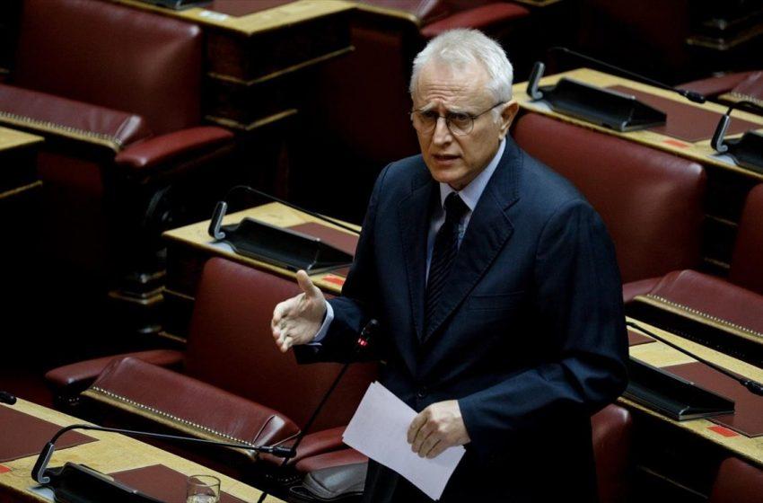 Παρέμβαση ΣΥΡΙΖΑ στη Βουλή: Μέχρι το μεσημέρι να κατατεθεί τροπολογία για στέρηση των πολιτικών δικαιωμάτων των εγκληματιών της Χρυσής Αυγής