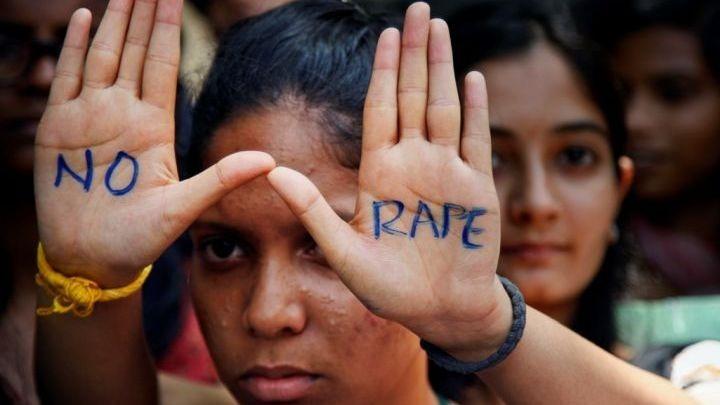 Κι άλλη κτηνωδία στην Ινδία: Δεύτερη γυναίκα πέθανε από ομαδικό βιασμό