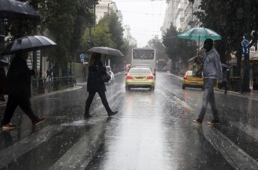 Επιδείνωση του καιρού με βροχές και καταιγίδες – Πού θα ρίξει χαλάζι