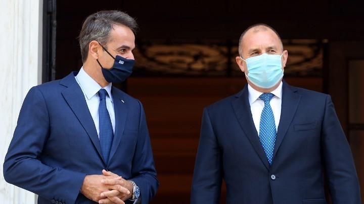 Ο Κυρ. Μητσοτάκης ενημέρωσε τον Πρόεδρο της Βουλγαρίας για τις προκλητικές ενέργειες της Τουρκίας