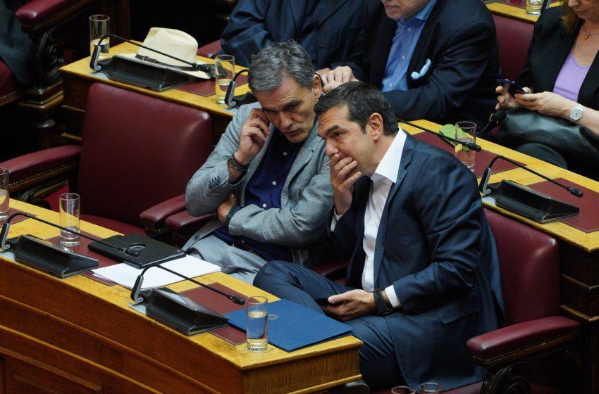 """Απουσία Τσακαλώτου:"""" 'Ανευ αντικειμένου η συζήτηση"""", λένε στον ΣΥΡΙΖΑ…"""