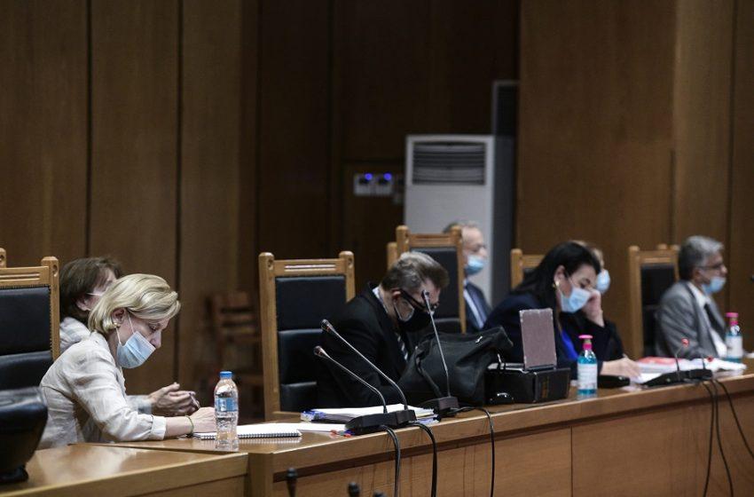 Δίκης Χρυσής Αυγής: Γιατί καθυστερεί η απόφαση των ποινών – Η περίεργη στάση της εισαγγελέως και η αντίδραση της προέδρου της έδρας