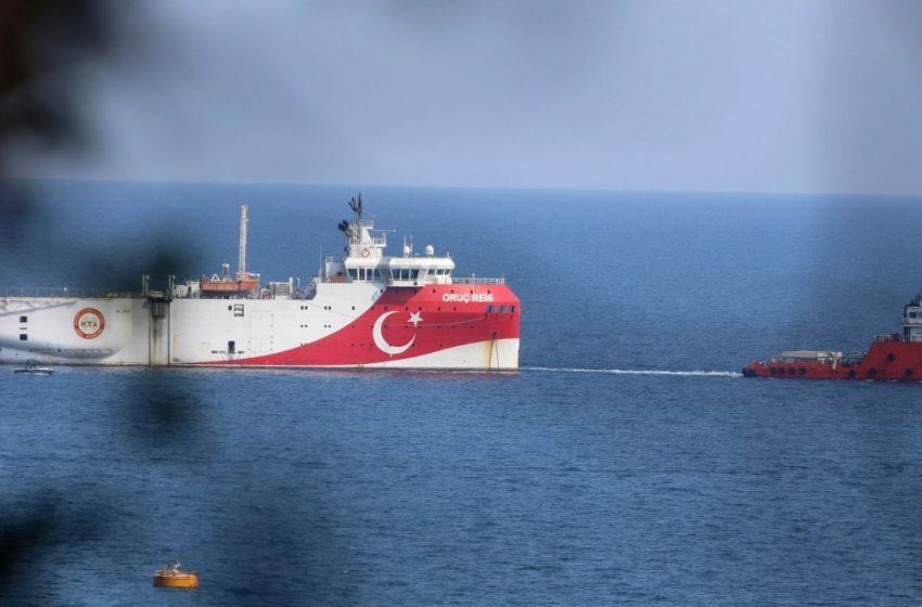 Oruc Reis: «Αγγίζει» τη Ρόδο και ανακοινώθηκε νέα τουρκική NAVTEX